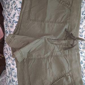 Army green Ana shorts size 10 elastic waist pocket